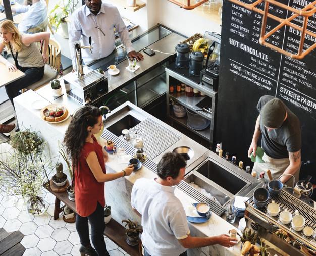 Readymade vs Custom Restaurant Platforms