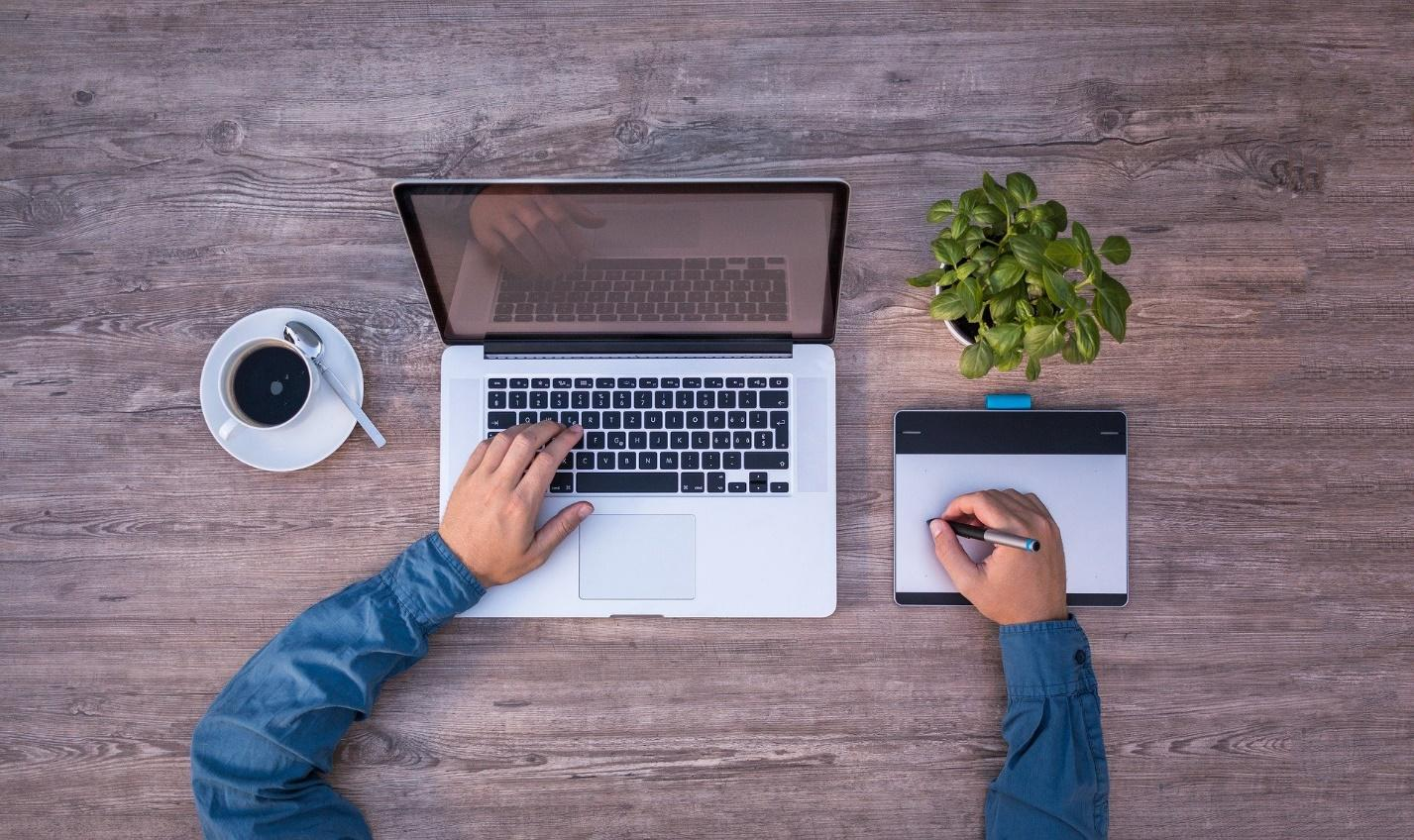 How Web Design Affects Consumer Behavior