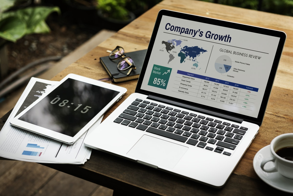 Online Marketing Helps Businesses Grow