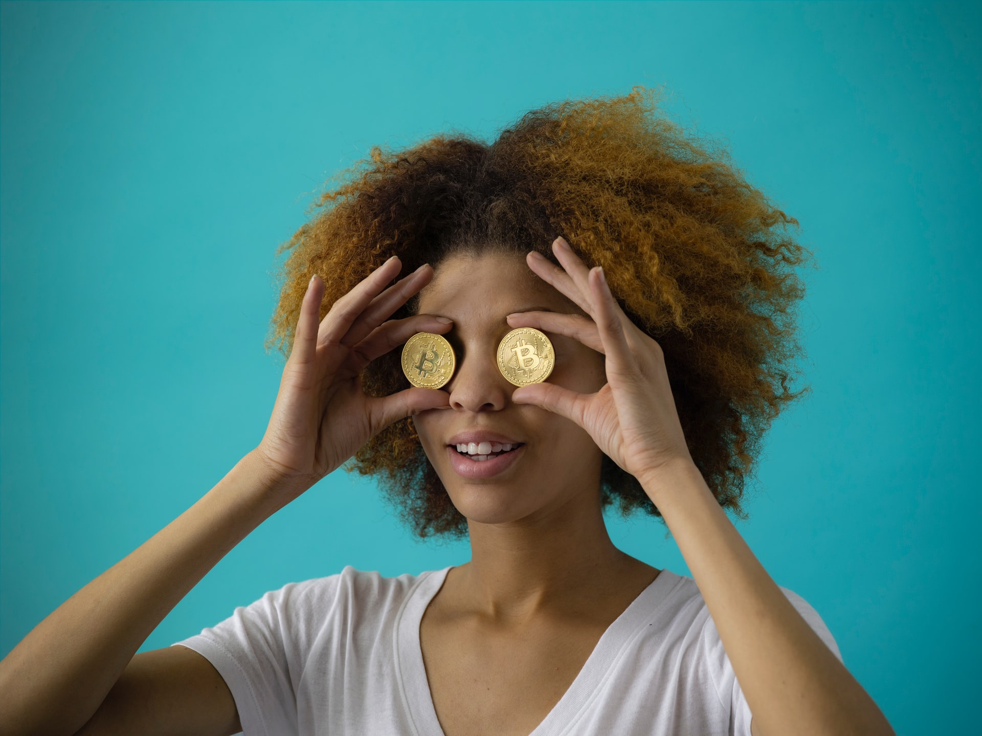 How Digital Currency Brands Stay Connected to Clients