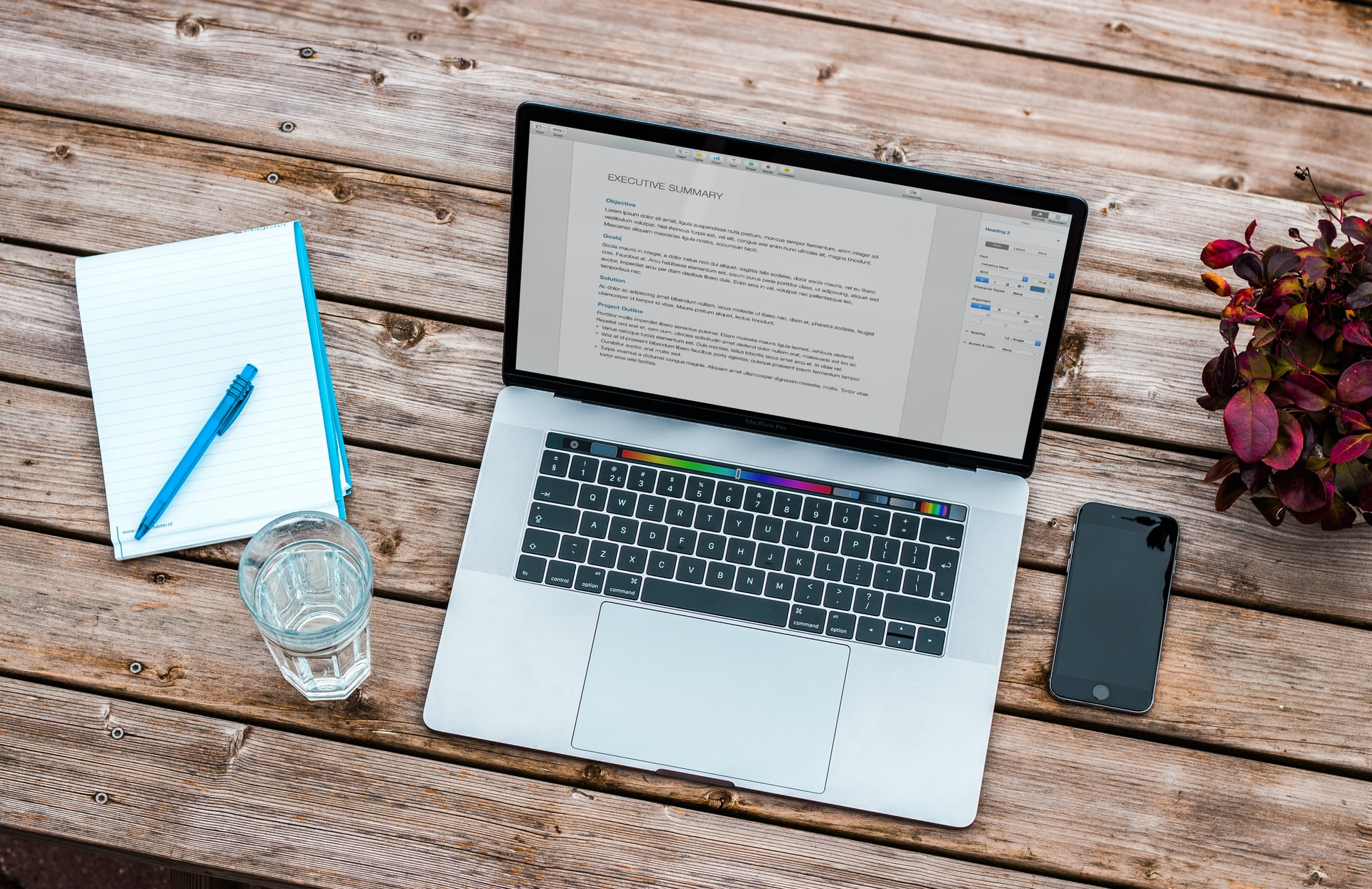 Writing a resume for SMM: Do's & Don'ts