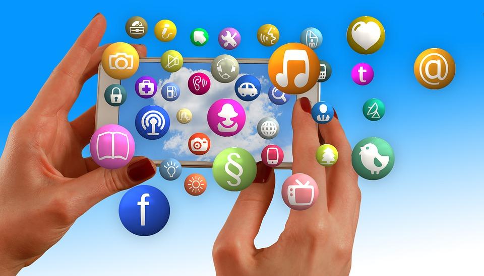 Top 5 Best Tools For Social Media Monitoring