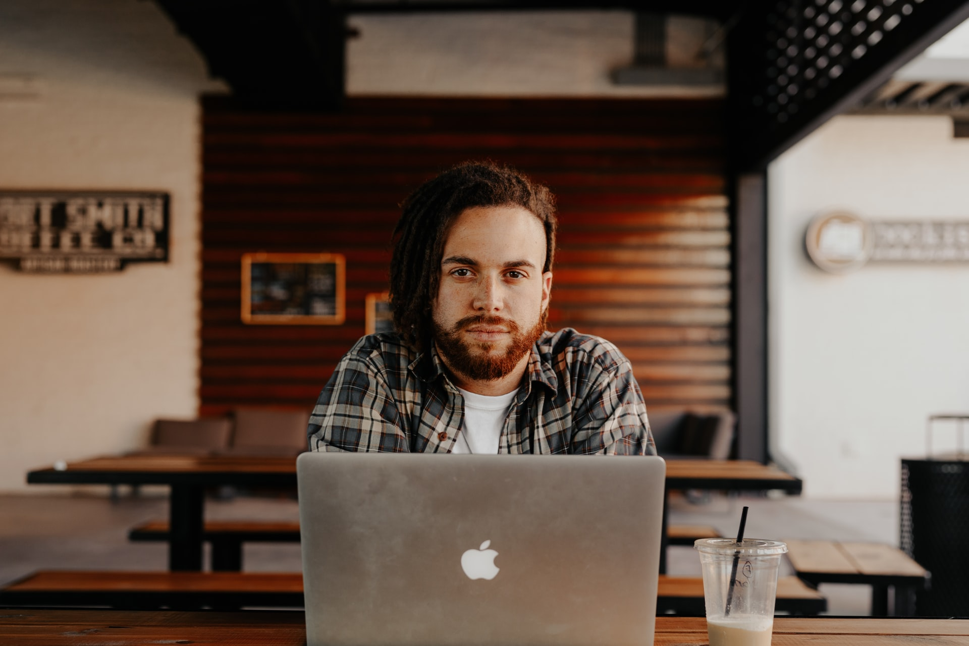 Starting a Digital Marketing Agency in College? How to Leverage Your College Network to Jumpstart Your Company