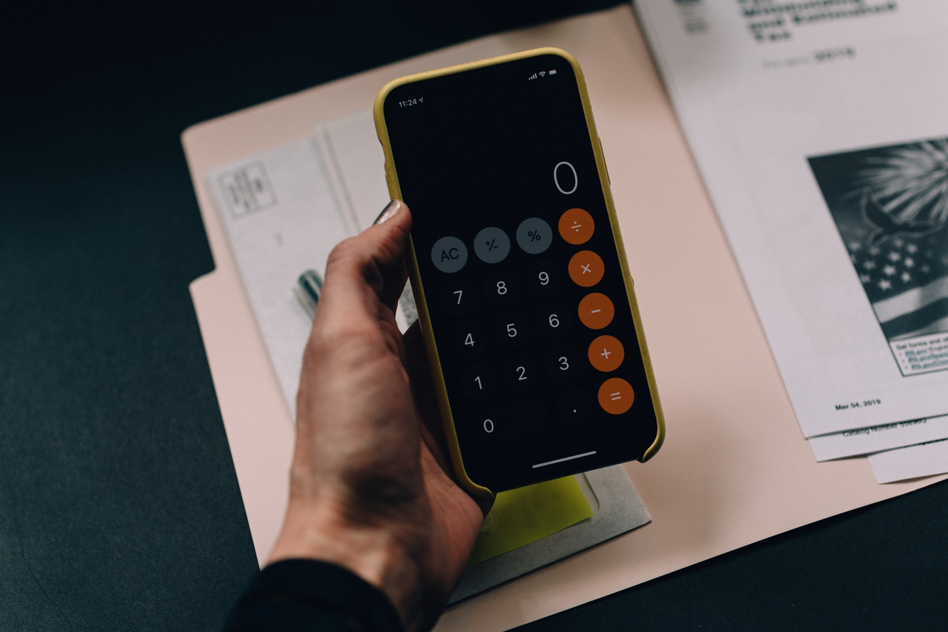 How to Easily Calculate Your Digital Marketing Budget for 2022
