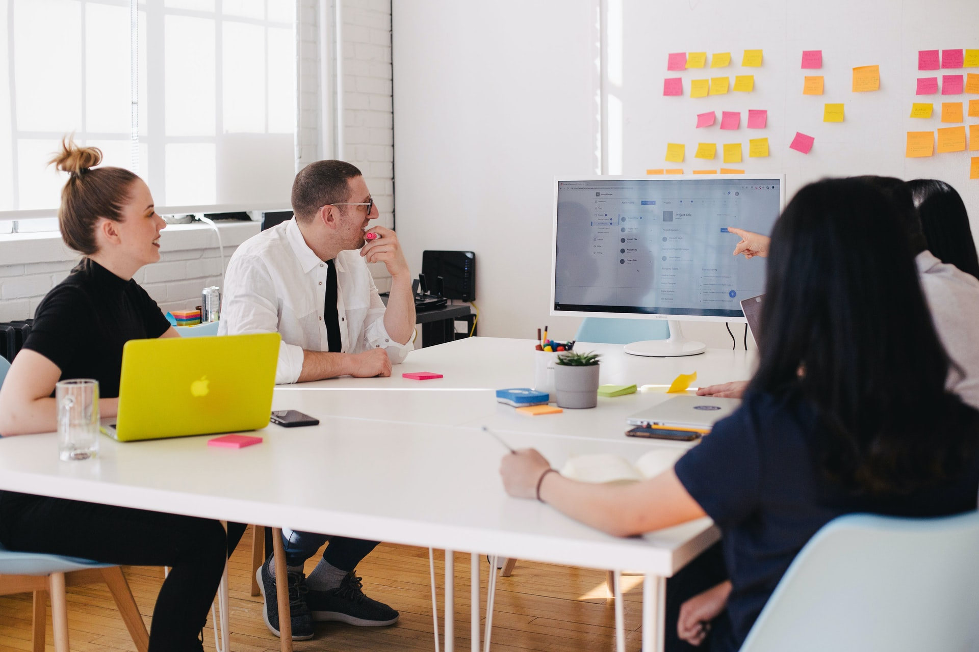 4 Tips For Combining Digital Marketing and Sales Teams