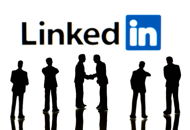 What is the difference between Connecting and Following on LinkedIn?